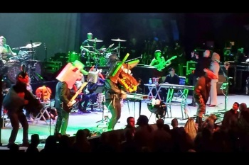 """Green Jellÿ hit the stage for"""" Three Little Pigs."""" Photo by Mark Espinosa"""